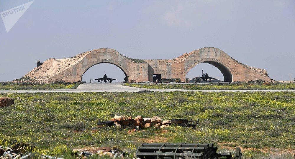Consecuencias del ataque de EEUU contra la base de la Fuerza Aérea siria Shairat