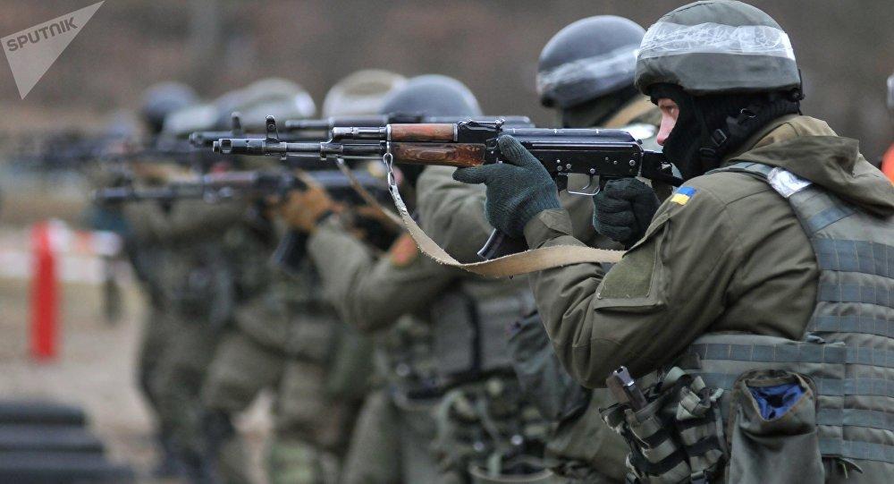 Soldados ucranianos, entrenamiento de la OTAN
