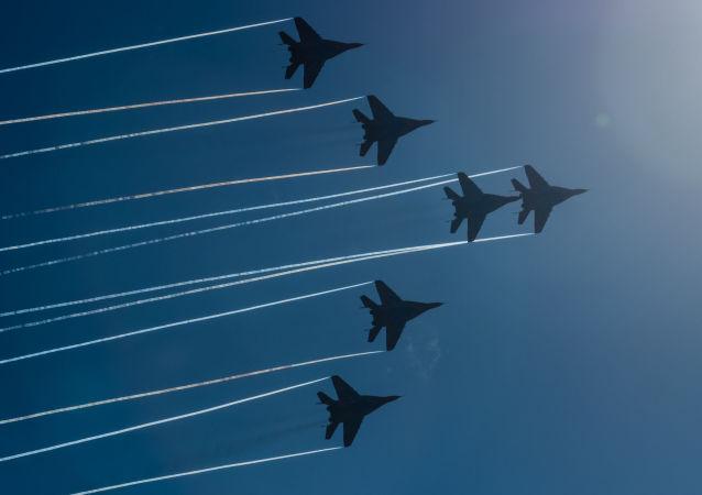 Cazas MiG-29 de la escuadrilla Strizhi