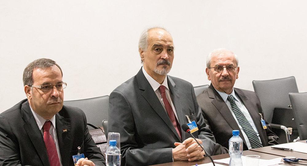 Bashar Jaafari (centro), el embajador de Siria ante la ONU