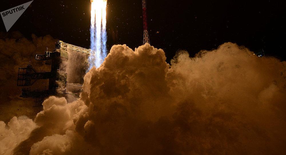 Lanzamiento del cohete pesado ruso Angará