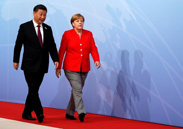 Presidente de China, Xi Jinping, la canciller de Alemania, Angela Merkel
