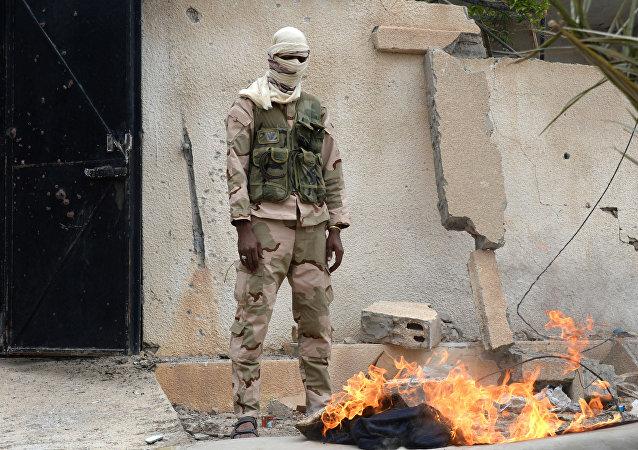 Un soldado sirio de los 'Halcones del Desierto' (archivo)