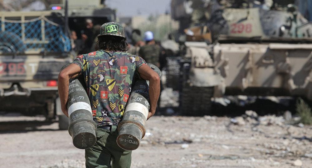 Un soldado libio con la munición (archivo)