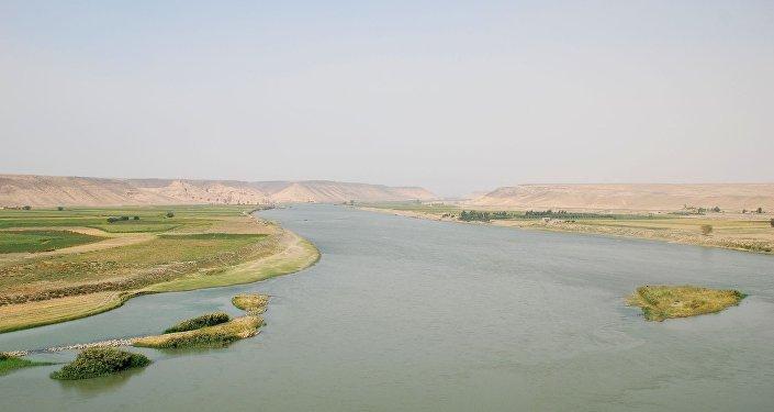 Río Éufrates, Siria