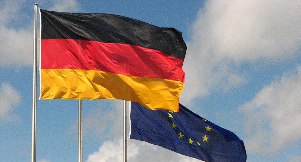 Las banderas de Alemania y la UE