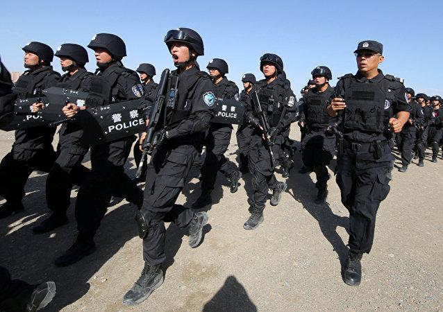 Soldados chinos participan en un ejercicio antiterrorista (archivo)
