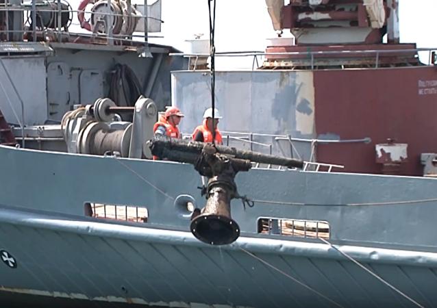 Sacan del mar Negro un cañón de la época de la Segunda Guerra Mundial