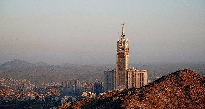 El cuarteto árabe mantiene sus demandas pero ofrece diálogo a Catar