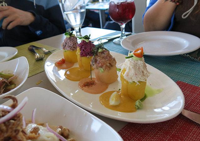 Un plato con causa peruana
