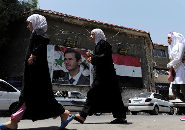 Un retrato del presidente sirio, Bashar Asad, en Damasco (imagen referencial)