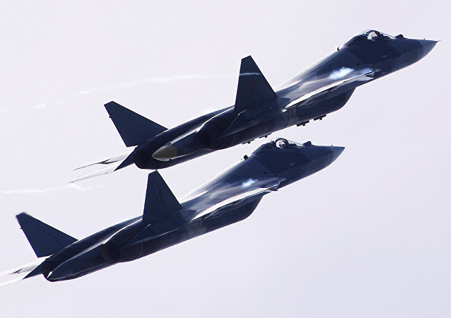 Dos aviones rusos T-50 (imagen referencial)