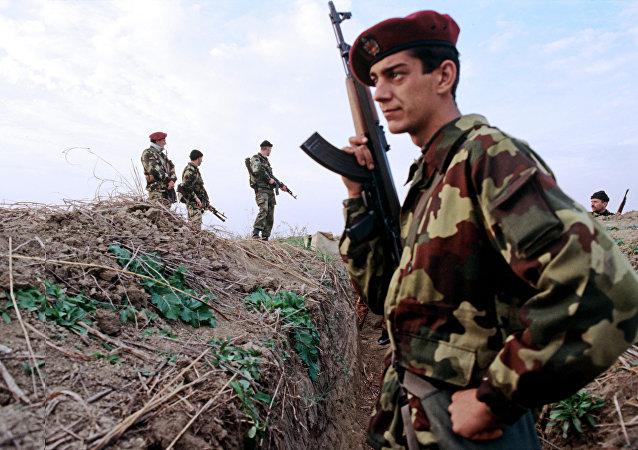 Soldados serbios durante Operación Tormenta (archivo)
