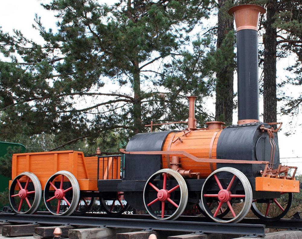 Maqueta de la primera locomotora de los Cherepánov