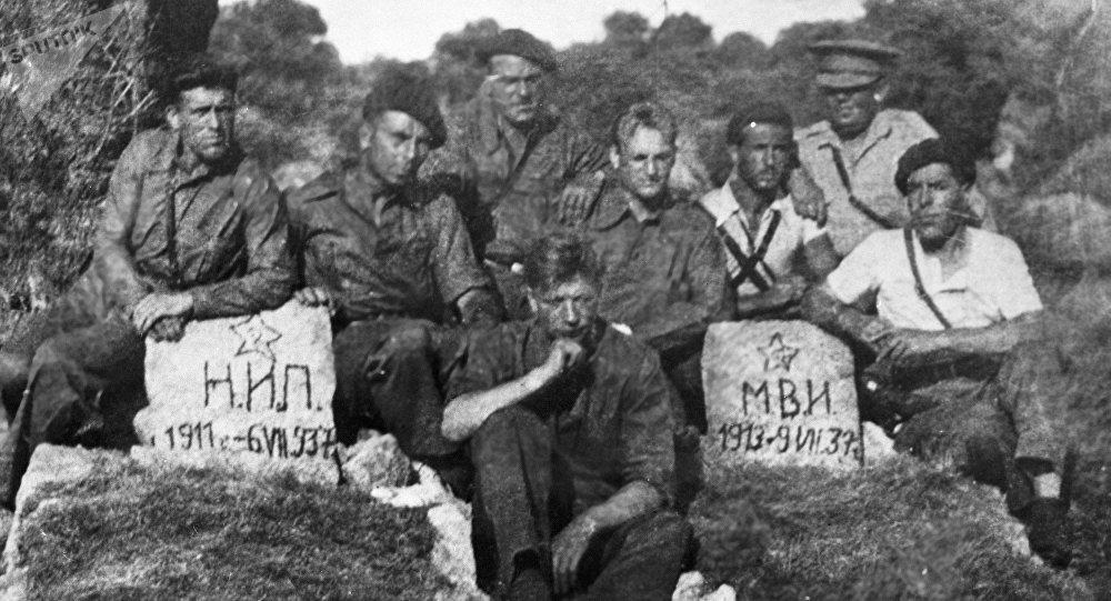 Soldados soviéticos durante la Guerr Civil española (archivo)