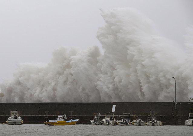 Un tifón (imagen referencial)
