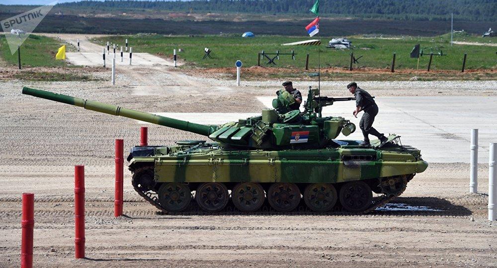Tanque serbio (archivo)
