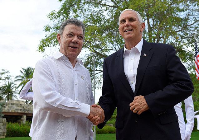 Presidente de Colombia, Juan Manuel Santos, y vicepresidente de EEUU, Mike Pence