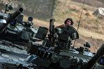 Carros de combate T-80 del Ejército de Rusia (archivo)