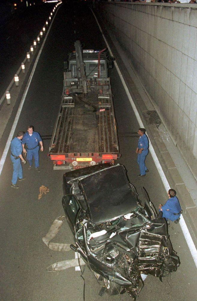 El túnel de París en el que falleció Diana, en 1997