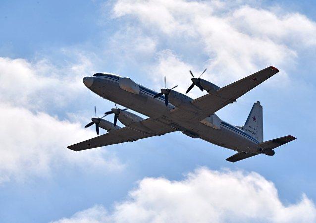 El avión de guerra electrónica Il-22 PP