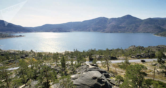 Un lago (imagen referencial)