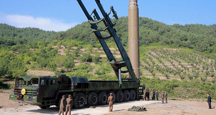 Misil balístico norcoreano (archivo)