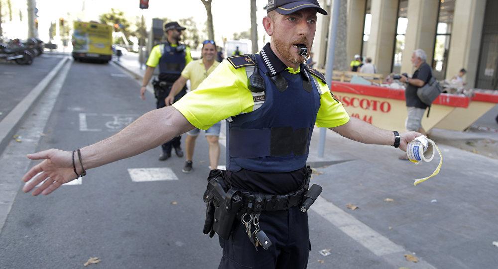 Un policía en Barcelona tras el atropello