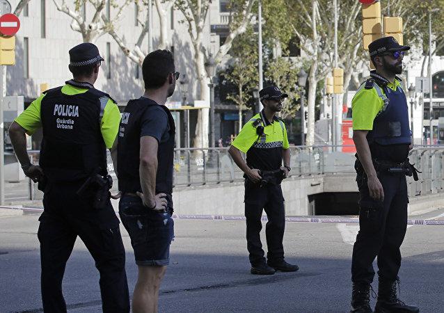 Los policías en Barcelona