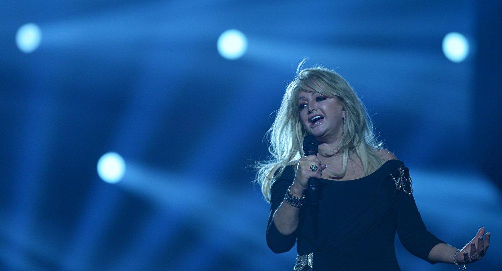 Bonnie Tyler musicalizará eclipse solar con incónico hit