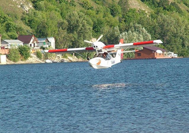 El hidroavión biplaza ruso, Borey