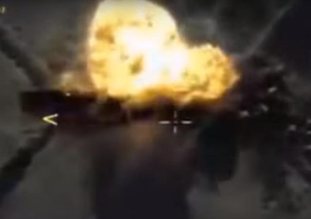 La aviación rusa les 'baja los humos' a los radicales de Daesh