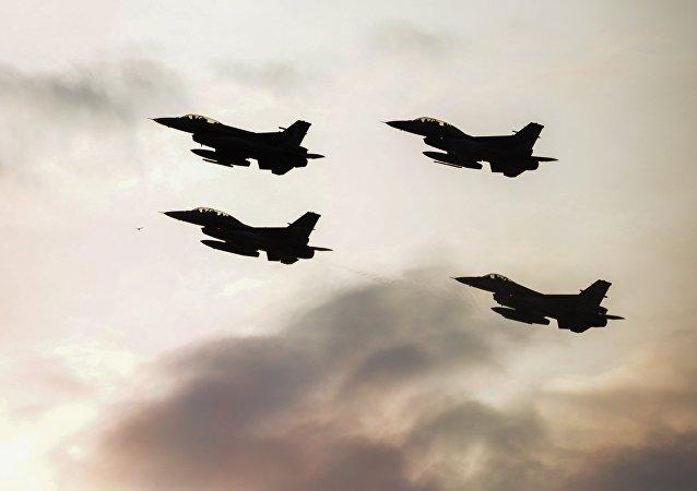 Los cazas F-16 (archivo)