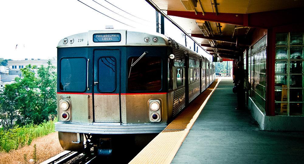 Choque de trenes deja 42 heridos en Filadelfia, EEUU