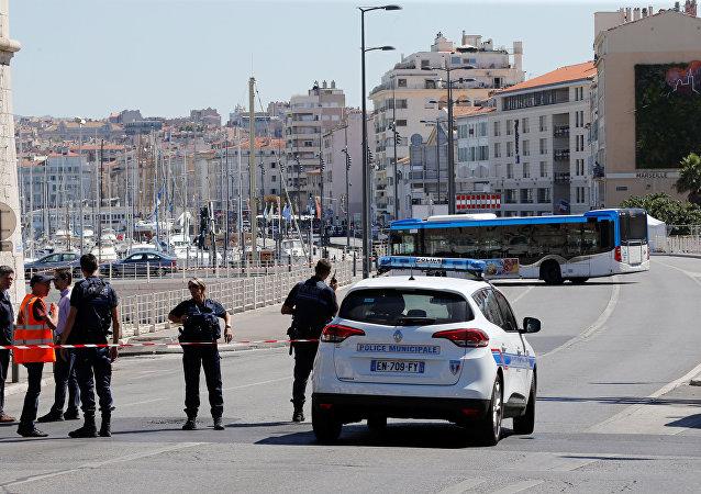 Policía francesa en Marsella