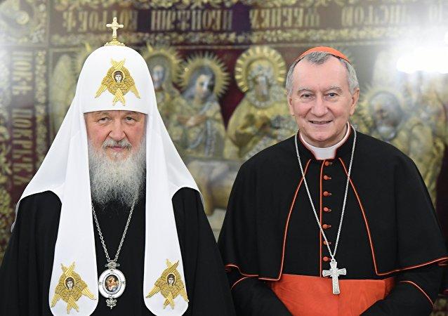 Encuentro entre el  patriarca Kiril y el secretario de Estado del Vaticano, Pietro Parolin.