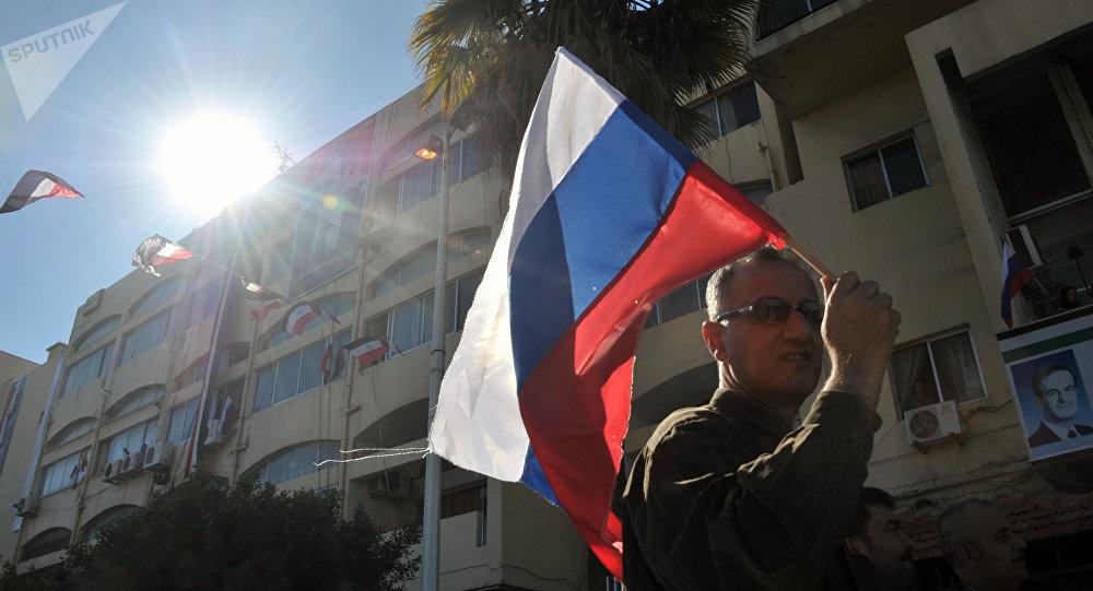Una manifestación a favor de la operación rusa en Siria en la ciudad de Tartus (archivo)