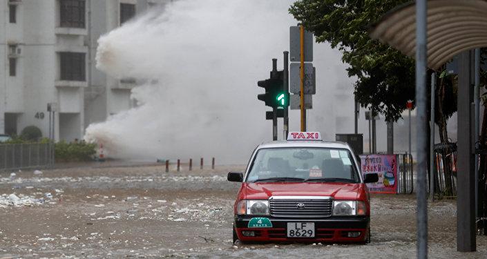 Al menos cinco muertos por tifón Hato en China