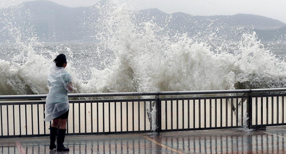 Tifón Hato provoca fuertes lluvias a su paso por sur de China