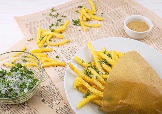 Papas fritas (imagen referencial)