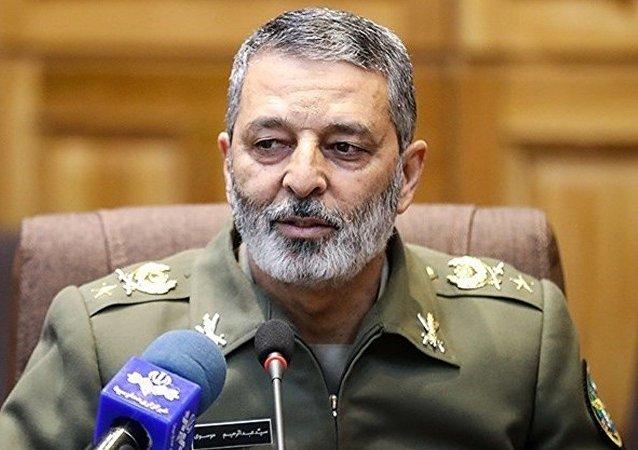Abdolrahim Mousavi, general iraní