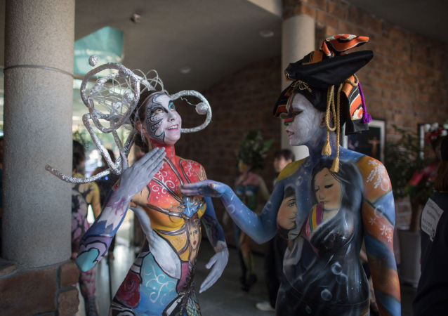 Pintura corporal: los cuerpos se convierten en lienzos en un festival surcoreano