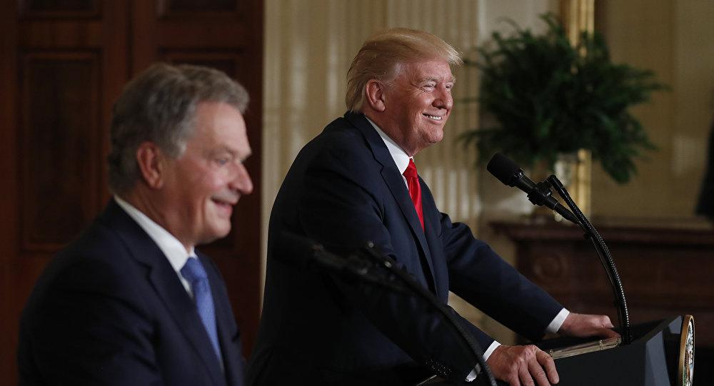 Llega Trump a Texas para evaluar catástrofe causada por Harvey