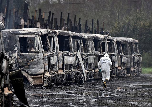 Camiones quemados en Chile