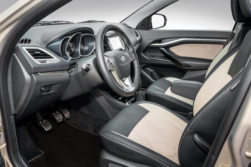 El interior del nuevo Lada Vesta Exclusive