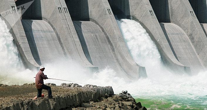 Planta hidroeléctrica (Archivo)