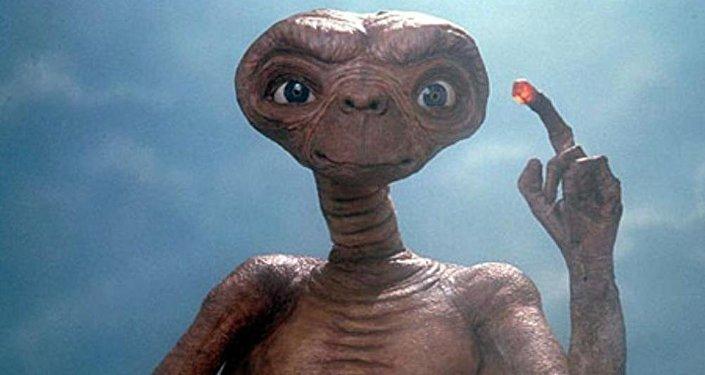 Escena de la película 'E.T. the Extra-Terrestrial' (EEUU, 1982)