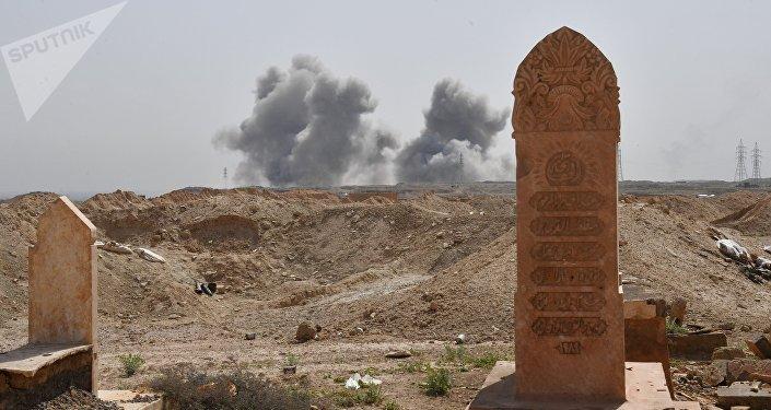 Un ataque de la aviación rusa contra las posiciones de Daesh en Deir Ezzor (archivo)