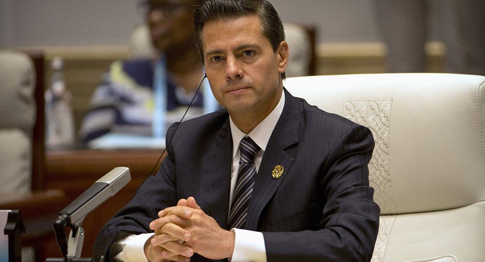 Enrique Peña Nieto, presidente de México, en la cumbre de los BRICS