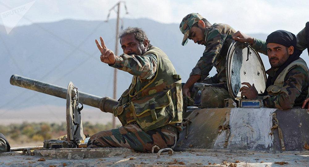 Los soldados del Ejército sirio cerca de Deir Ezzor (archivo)
